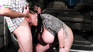 Big tits woman on tap work swallows his Hawkshaw