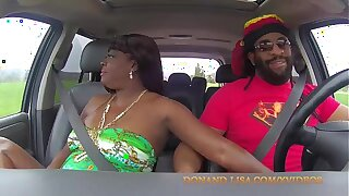 Don Whoe gets sloppy head from Lisa Rivera in the car / SuperHotFilms